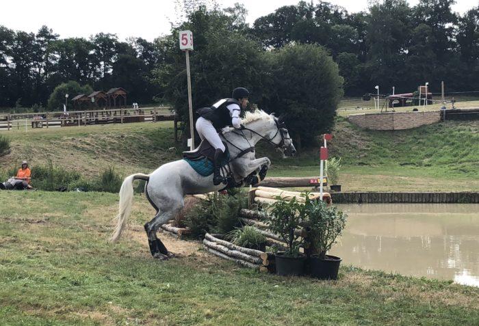 Comment préparer son cheval à l'épreuve de cross ? Retour sur les galops de préparation de Raphael Cochet pour le Grand Complet
